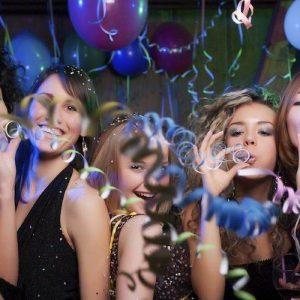 Las 12 mejores fiestas populares para celebrar tu despedida