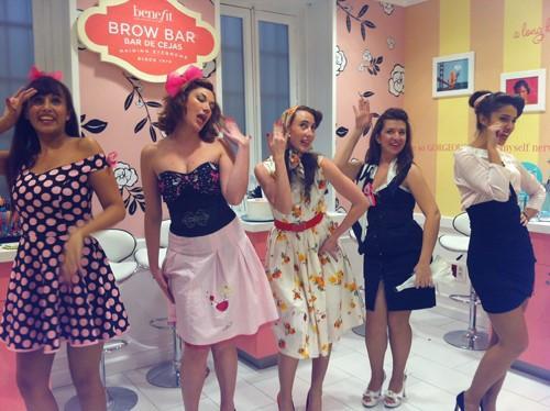 chicas celebrando la despedida