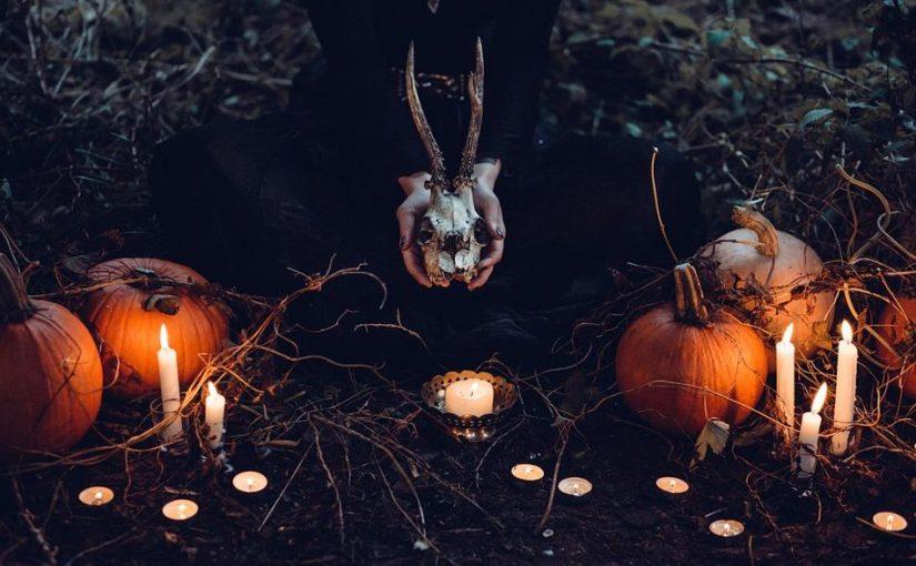 cementerio en halloween